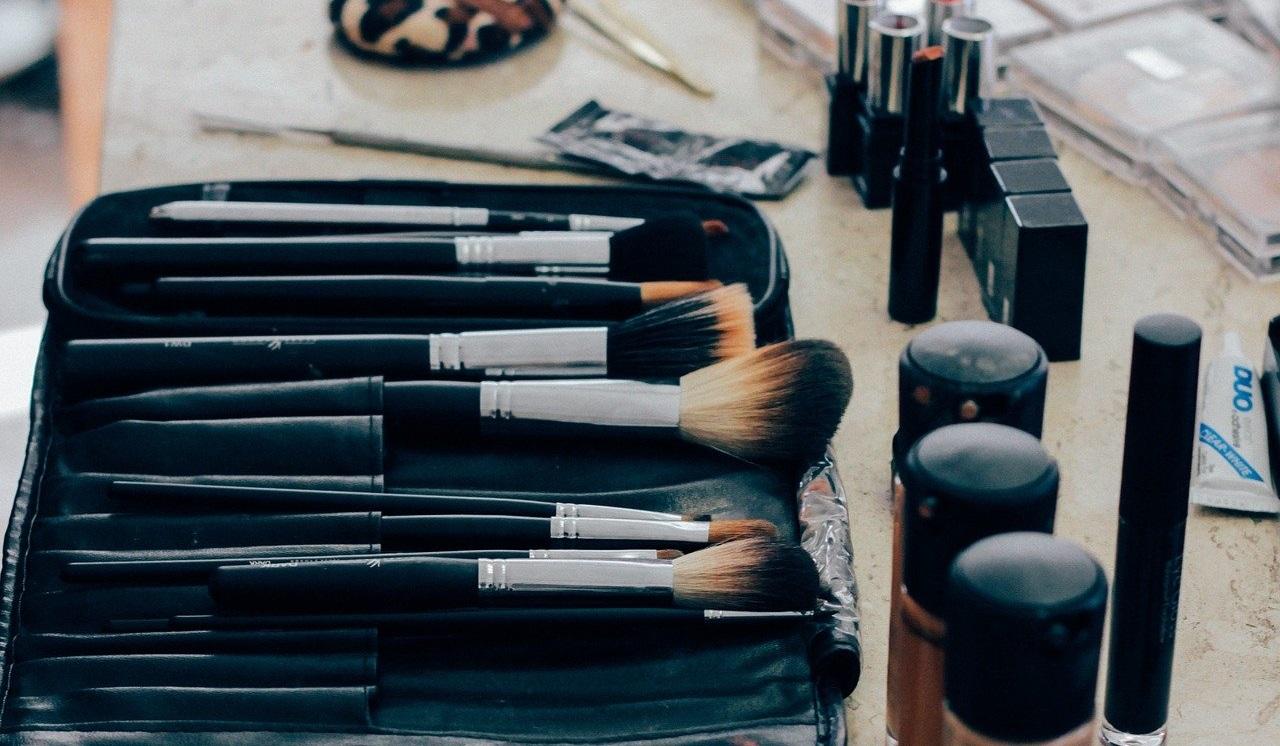 たくさんの化粧道具